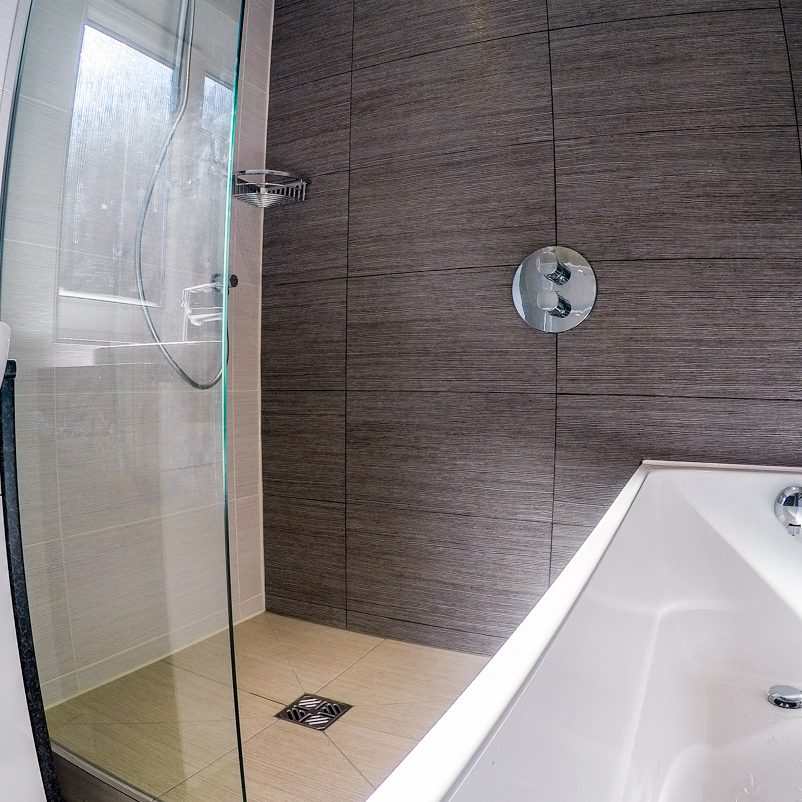 Wet Room Fitter Cheshire | Installer